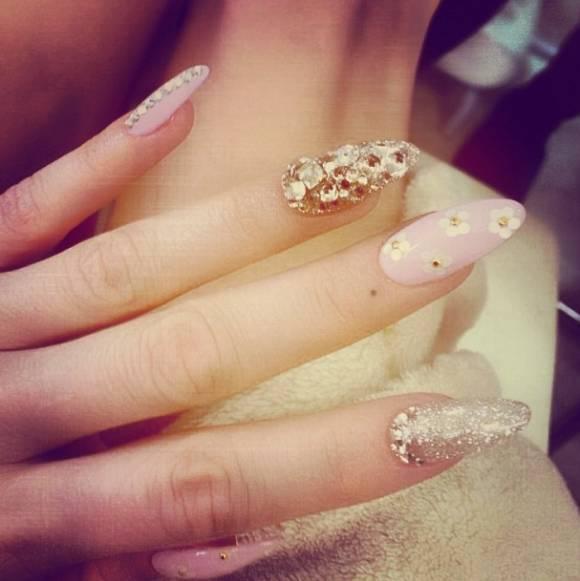 Top 20 celebrity nail designs kesha nail art instagram 2width580 prinsesfo Gallery